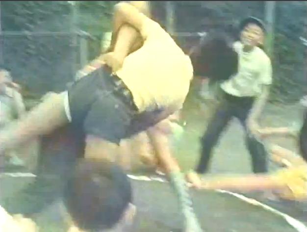 短パン・半ズボンの隙間から白ブリーフが見えてた [転載禁止]©2ch.netYouTube動画>3本 ->画像>144枚